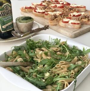 Pasta Pesto met Bruschetta